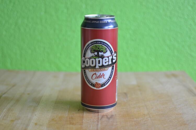 Eine Dose Cooper's Cider.